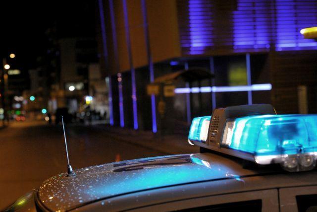Παλαιό Φάληρο : Έκρηξη σε είσοδο πολυκατοικίας | tanea.gr