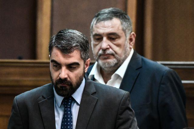 Αθώοι δήλωσαν οι χρυσαυγίτες Κουτσούκης - Ματθαιόπουλος | tanea.gr