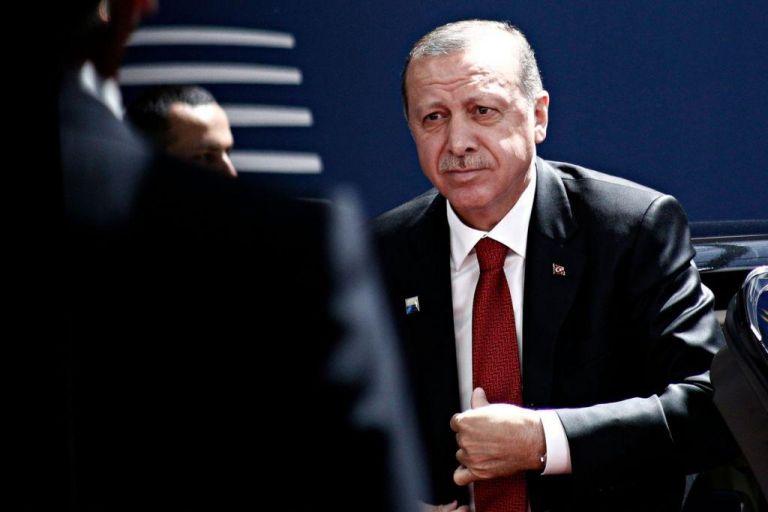 Ερντογάν : Το ΝΑΤΟ θα στηρίξει τον σύμμαχό του ή τους τρομοκράτες; | tanea.gr