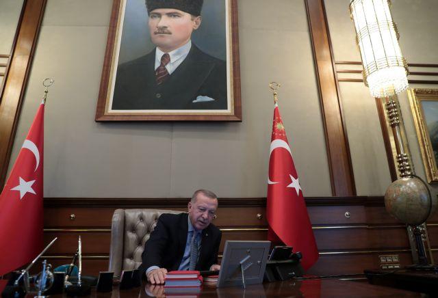 Συρία : Υπό τους ήχους οθωμανικών εμβατηρίων η επιδρομή | tanea.gr