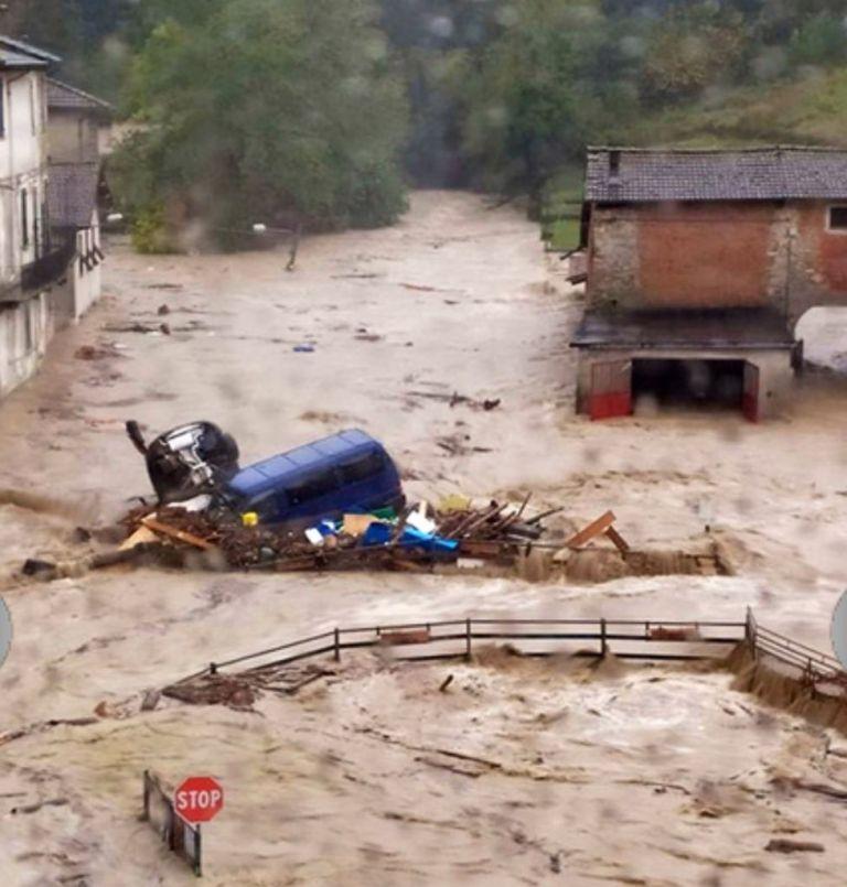 Ιταλία : Ενας νεκρός και μεγάλες καταστροφές από σαρωτικές πλημμύρες | tanea.gr