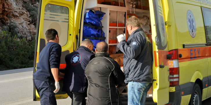 Θρήνος για τον θάνατο της 52χρονης καθηγήτριας – Είχε ζητήσει αεροδιακομιδή ο σύζυγος της | tanea.gr