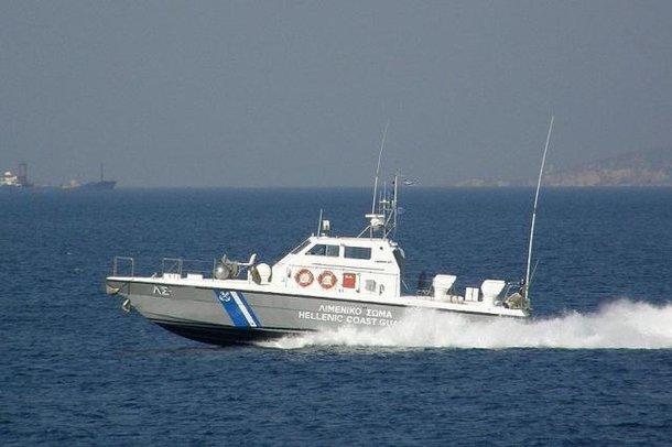 Ενα παιδί νεκρό από σύγκρουση βάρκας με μετανάστες με σκάφος του Λιμενικού | tanea.gr
