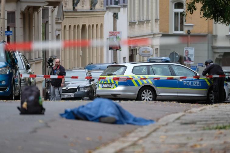 Γερμανία : Εικόνες – σοκ από την επίθεση στη συναγωγή στο Χάλε   tanea.gr