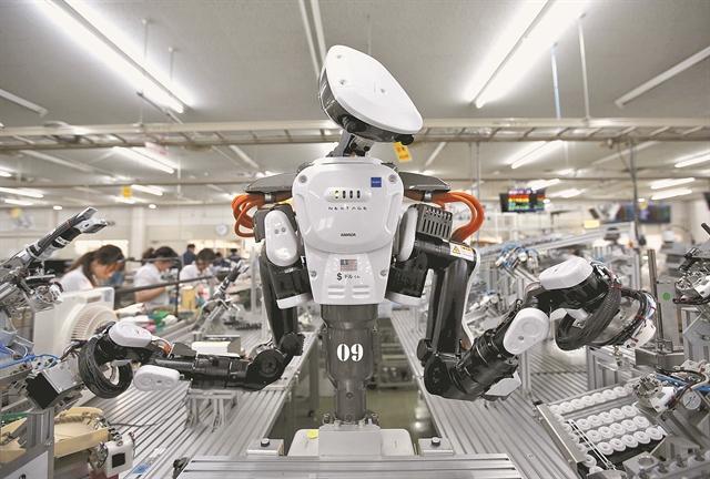 Τα ρομπότ απειλούν 1,5 εκατ. εργαζομένους   tanea.gr