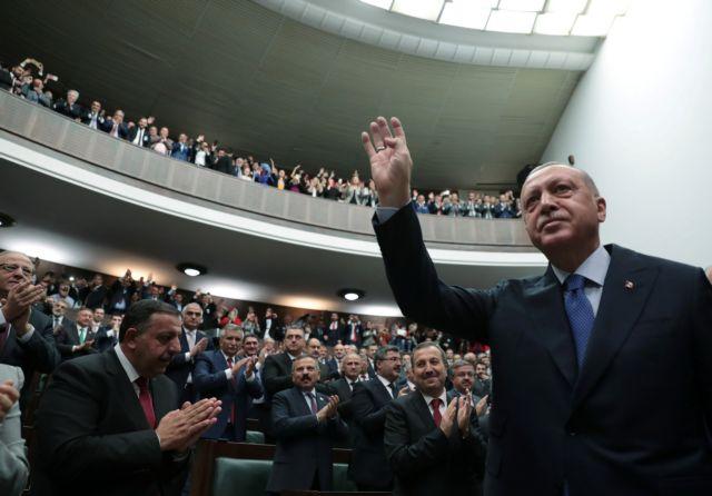 Ετοιμάζει αντίποινα στις κυρώσεις των ΗΠΑ o Ερντογάν | tanea.gr