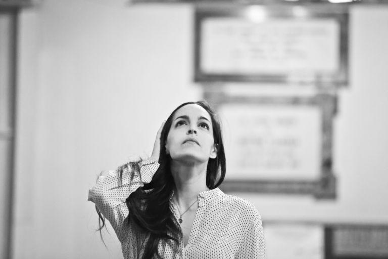 Χριστίνα Μαξούρη: Τραγουδώντας για την αλήθεια, την ομορφιά και την αγάπη | tanea.gr