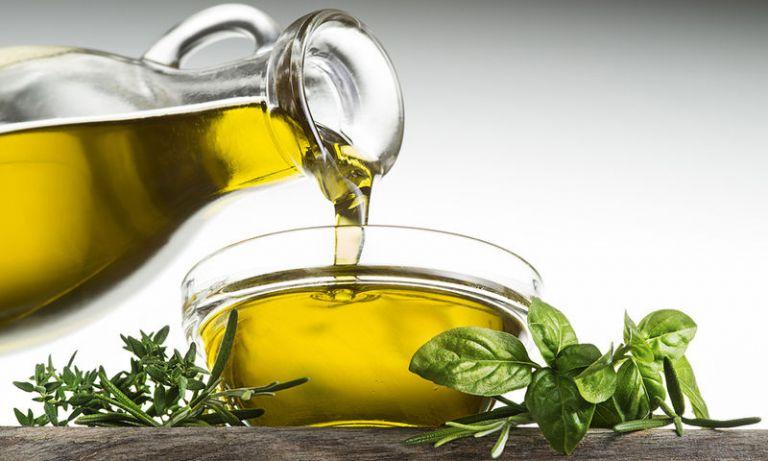 Ανάκληση προϊόντος που χαρακτηρίζεται ελαιόλαδο αλλά είναι πυρηνέλαιο   tanea.gr