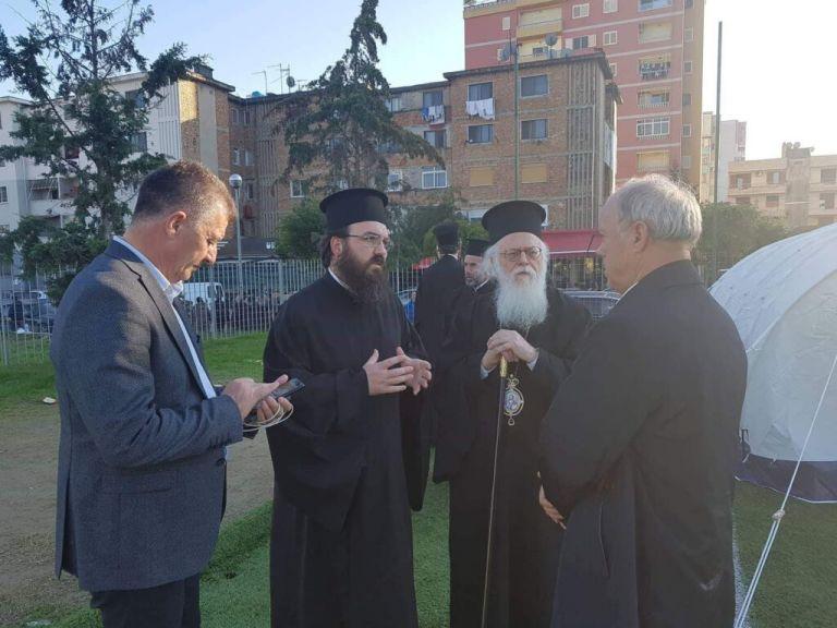 Αρχιεπίσκοπος Αλβανίας Αναστάσιος: Η Εκκλησία θα στηρίξει τους σεισμοπαθείς | tanea.gr