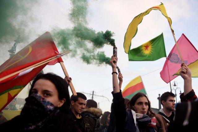 Ουγγαρία : Ογκώδεις διαδηλώσεις κατά του Ερντογάν στη Βουδαπέστη | tanea.gr