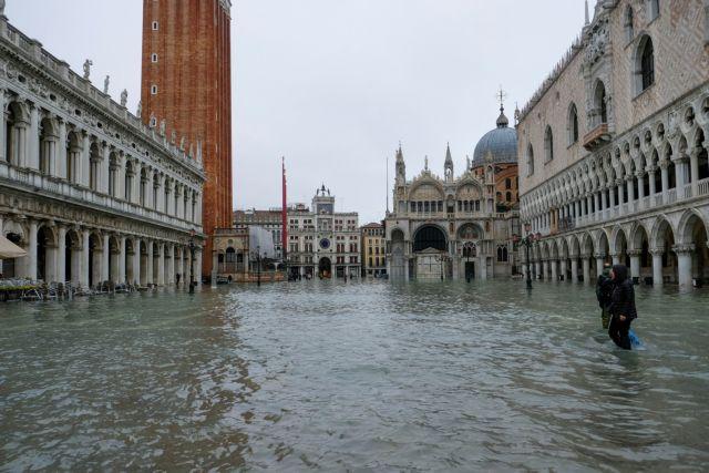 Ατλαντίδα έγινε η Βενετία: Ανυπολόγιστες καταστροφές, πληροφορίες για νεκρούς | tanea.gr