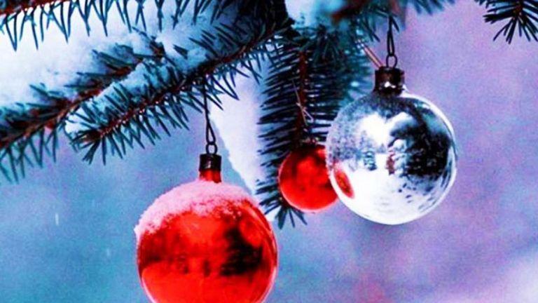 Ακόμη μία επώνυμη μαμά στόλισε για τα Χριστούγεννα | tanea.gr