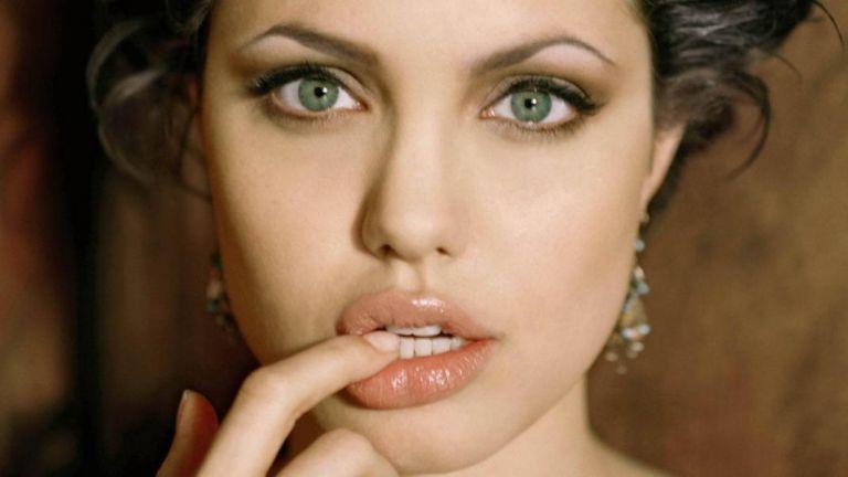 Ζουμερά χείλη με φυσικό τρόπο | tanea.gr