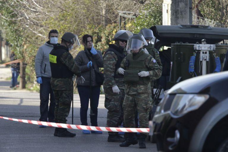 Το λάθος των τρομοκρατών με το καλάσνικοφ - Ανήκει στην «Επαναστατική Αυτοάμυνα»   tanea.gr