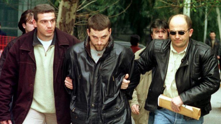Κώστας Πάσσαρης : Ο διαβόητος κακοποιός που ζητά να επιστρέψει στην Ελλάδα | tanea.gr