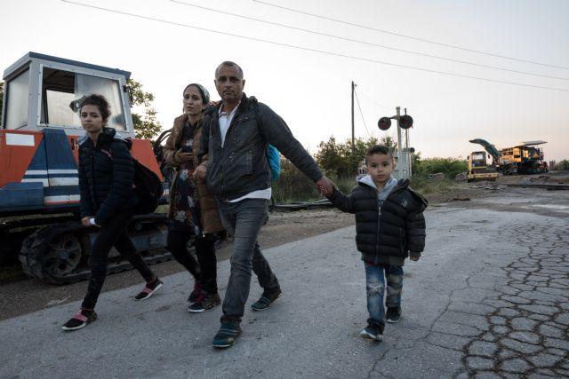 Γιαννιτσά : Κάτοικοι εμπόδισαν την άφιξη λεωφορείου με πρόσφυγες | tanea.gr