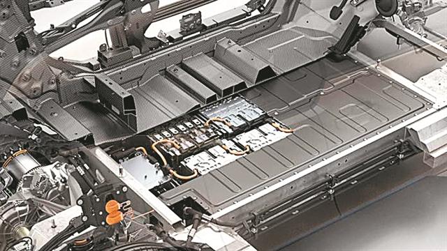 Μπαταρίες 12 δισ. ευρώ για την BMW   tanea.gr