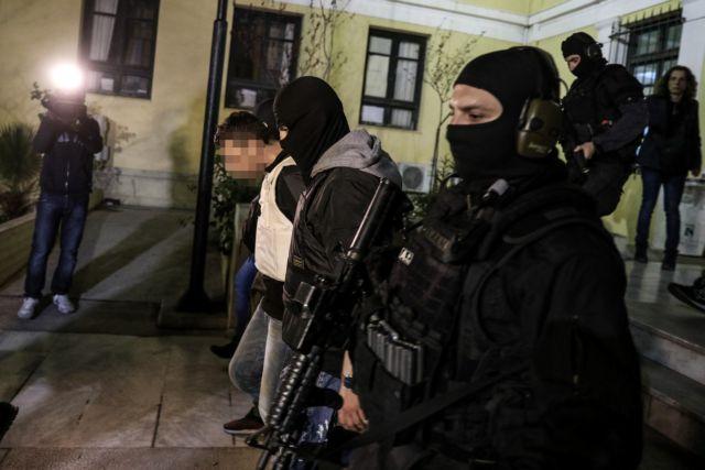 Επαναστατική αυτοάμυνα : Ψάχνουν τον «ηγέτη» και δύο άγνωστα μέλη | tanea.gr
