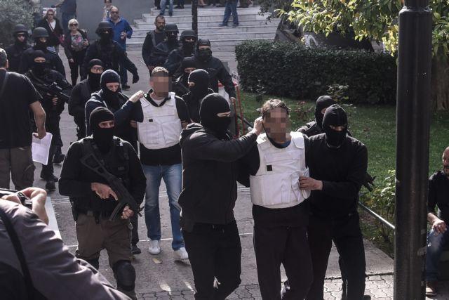 «Επαναστατική Αυτοάμυνα» : Στο μικροσκόπιο οι διασυνδέσεις με ομάδα αντιεξουσιαστών | tanea.gr