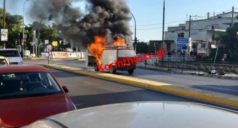 Κιάτο : Όχημα πήρε φωτιά εν κινήσει | tanea.gr