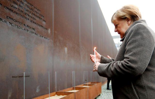 Μέρκελ για την επέτειο της πτώσης του Τείχους: Να αγωνιστούμε  κατά του μίσους και του ρατσισμού   tanea.gr