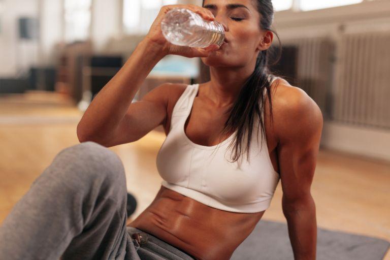 Το αερόβιο workout που θα σας κάνει να ιδρώσετε | tanea.gr