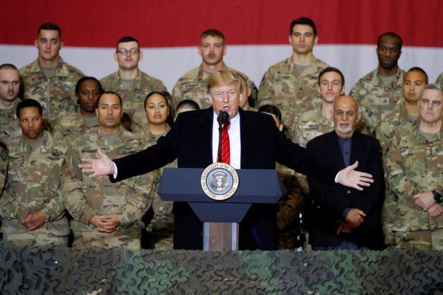ΗΠΑ: Αιφνίδια επίσκεψη του Ντόναλντ Τραμπ στο Αφγανιστάν   tanea.gr
