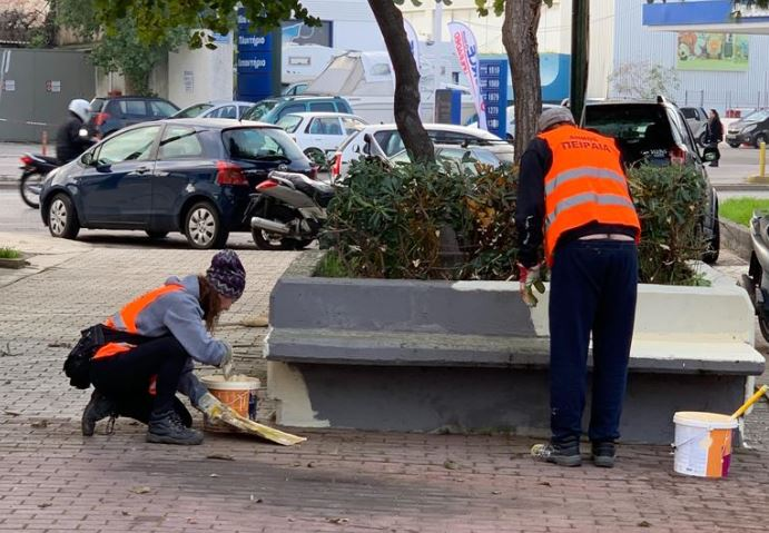 Επιχείρηση καθαρισμού στο συνοικισμό του Απόλλωνα στα Καμίνια   tanea.gr