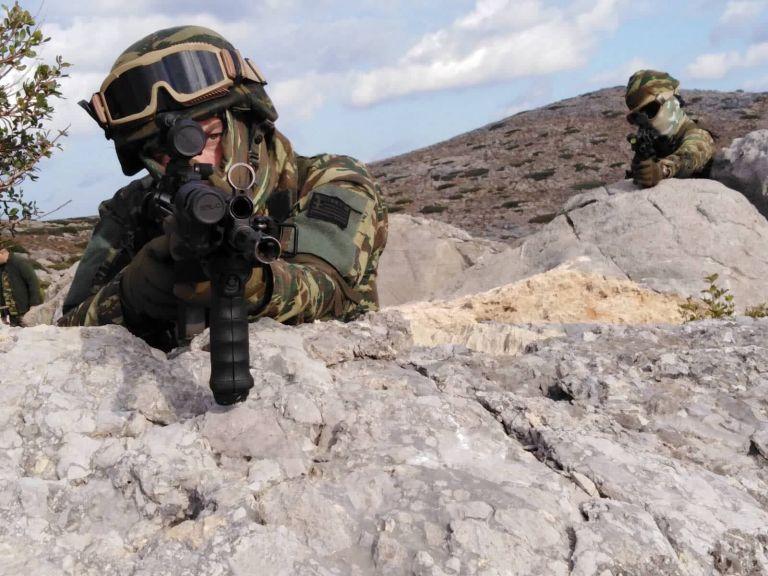 «Κόλαση πυρός»: Οταν ο Ελληνικός Στρατός ξεδιπλώνεται σαν σε πόλεμο | tanea.gr