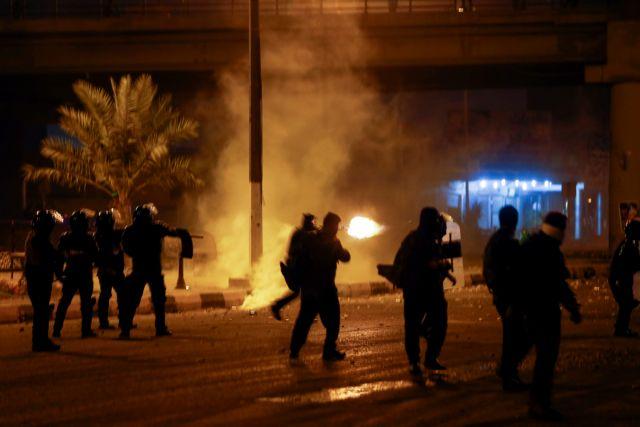 Ιράν: Βίντεο αποκαλύπτουν την ωμή καταστολή κατά διαδηλωτών   tanea.gr