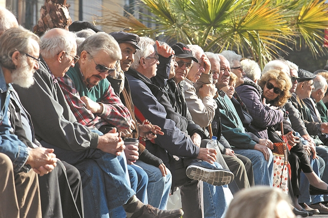 Νέο Ασφαλιστικό : Ανατροπές σε συντάξεις, αναδρομικά, εισφορές   tanea.gr