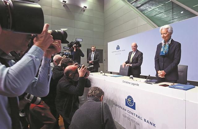 Ψηλά τακούνια και... απλά λόγια στην ΕΚΤ | tanea.gr
