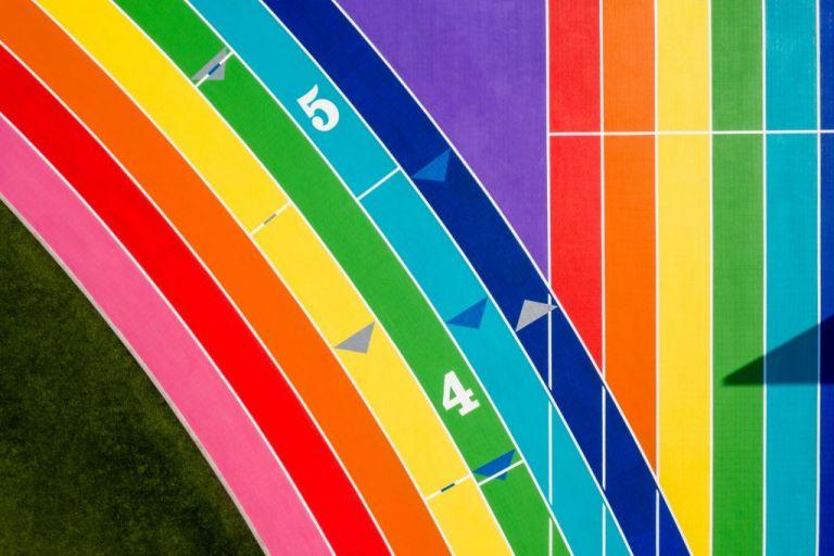 Ένας στίβος στα χρώματα του Pride | tanea.gr