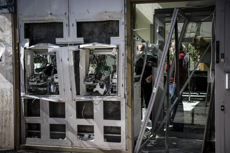 «Χτύπησαν» δεκάδες σημεία τα ξημερώματα στην Αθήνα - ΑΤΜ, καταστήματα και δημόσιες υπηρεσίες | tanea.gr