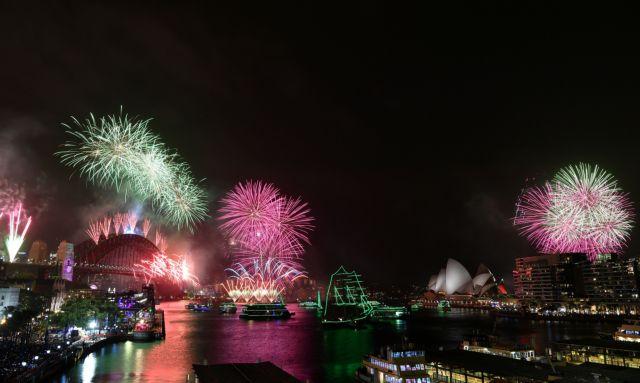 Αυστραλία: Υποδέχθηκε το 2020 με πυροτεχνήματα αλλά και ολέθριες πυρκαγιές | tanea.gr