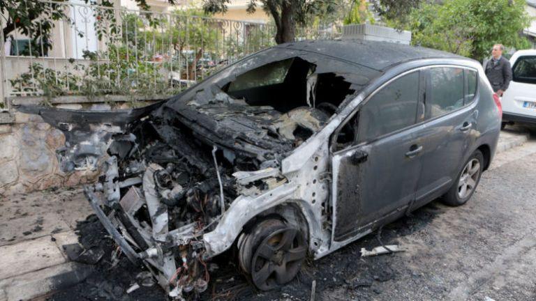 Τι κρύβεται πίσω από την επίθεση στο Ι.Χ. της διευθύντριας του Κορυδαλλού | tanea.gr
