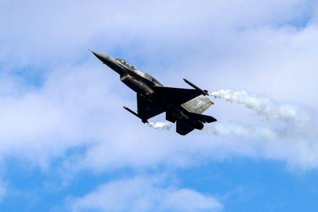 Ξανάρχισε τις προκλήσεις η Τουρκία: Πέντε εικονικές αερομαχίες στο Αιγαίο   tanea.gr