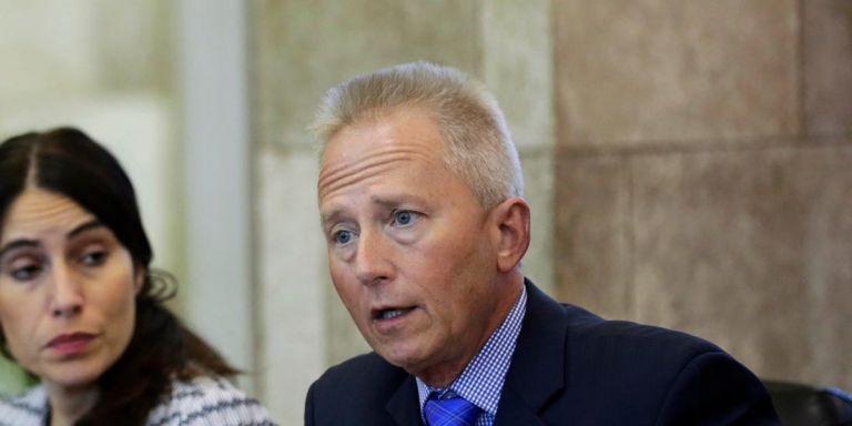 ΗΠΑ : Αλλάζει στρατόπεδο Δημοκρατικός βουλευτής | tanea.gr