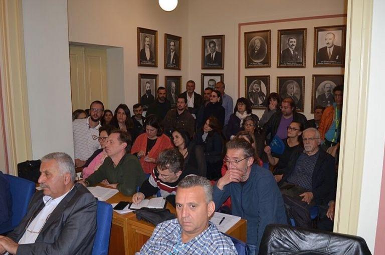 Καλαμάτα: «Κόβεται» το 5G με απόφαση του Δημοτικού Συμβουλίου | tanea.gr