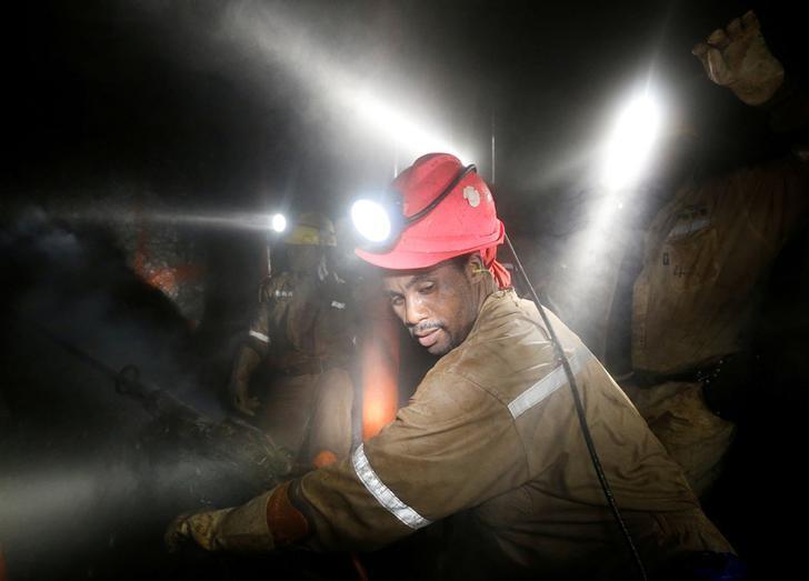 Σεισμός σε ορυχείο : Αγνοείται η τύχη τεσσάρων εργαζομένων | tanea.gr
