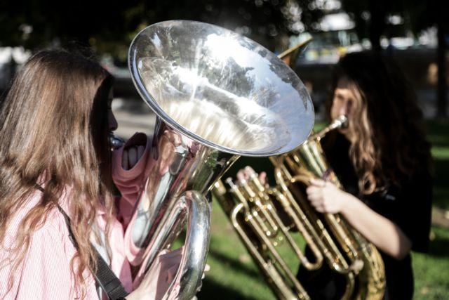 Προσλήψεις ωρομίσθιων στα μουσικά σχολεία προανήγγειλε η Ζαχαράκη | tanea.gr