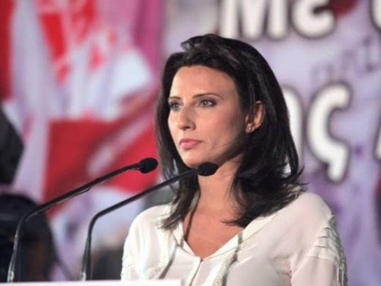 Νίνα Κασιμάτη : Εξαναγκάστηκε σε συγγνώμη για τη δήλωσή της | tanea.gr