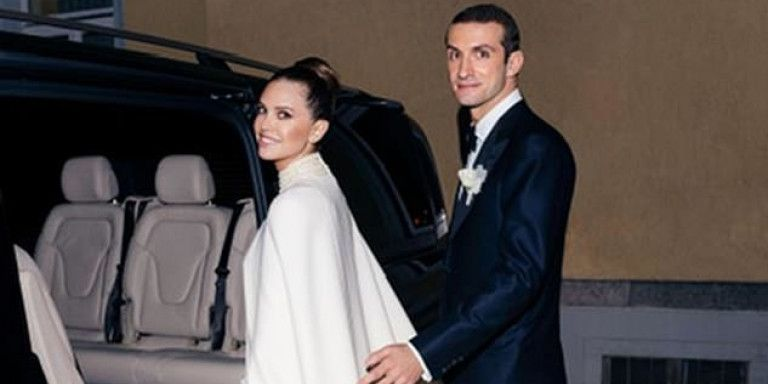 Παντρεύτηκαν στο Σεν Μόριτζ Σταύρος Νιάρχος και Ντάσα Ζούκοβα | tanea.gr