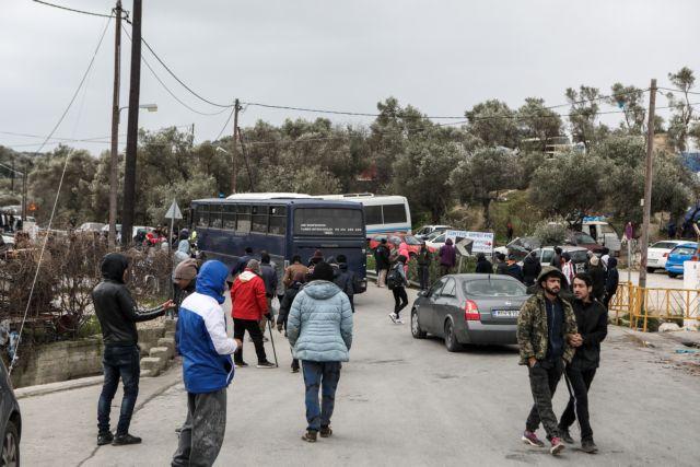 Σειρά κινητοποιήσεων προαναγγέλλουν οι φορείς του Β. Αιγαίου για το Προσφυγικό   tanea.gr