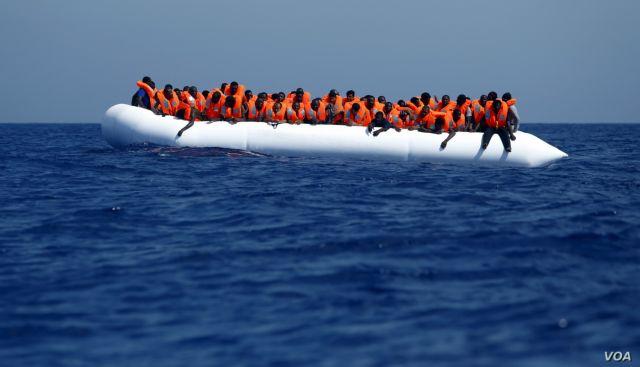 Ποδαρικό στη Λέσβο έκαναν 123 μετανάστες | tanea.gr