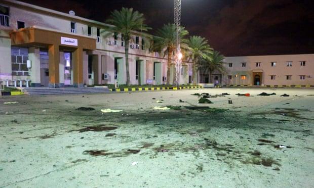 Λιβύη: Τουλάχιστον 28 νεκροί σε αεροπορική επιδρομή στην Τρίπολη   tanea.gr