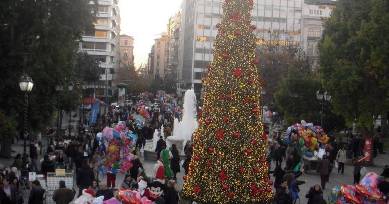 Στα 3,5 δισ. ευρώ ο τζίρος της εορταστικής αγοράς - Τι αγόρασαν οι καταναλωτές | tanea.gr