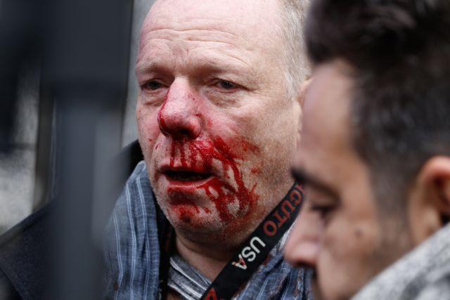 Ξυλοδαρμός δημοσιογράφου: «Δεν επενέβη κανείς αστυνομικός να με σώσει» | tanea.gr