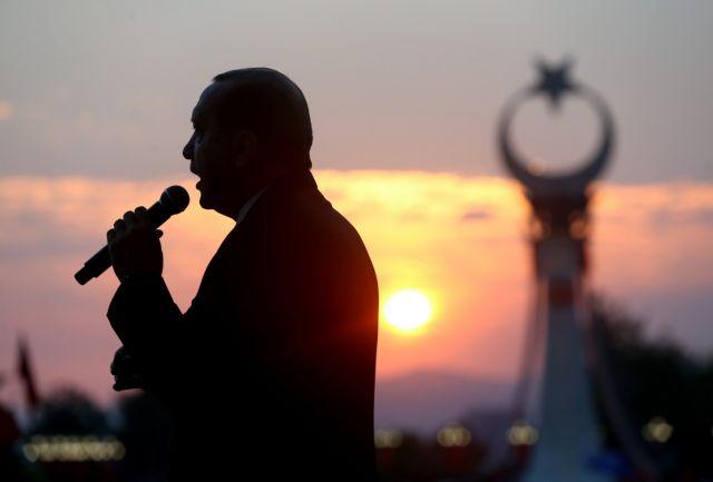 Γκιουλέν: Ο Ερντογάν θα έχει το τέλος του Χίτλερ ή του Στάλιν   tanea.gr