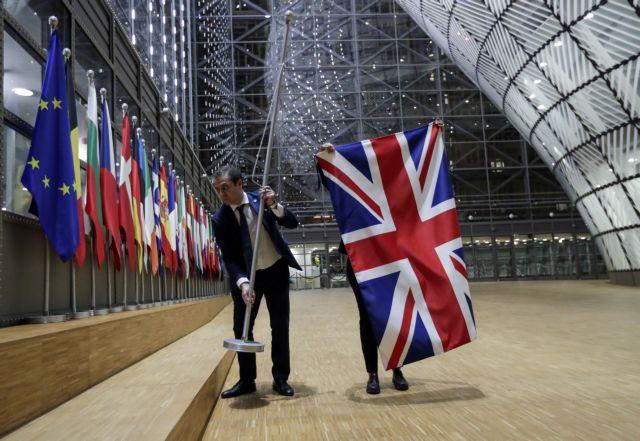 Κοντράστ συναισθημάτων στο Ηνωμένο Βασίλειο λίγες ώρες πριν την έξοδο από την ΕΕ | tanea.gr